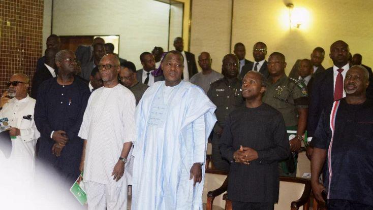 Chief Chirs Ngige, Babatunde Fashola, Chief John Odigie Oyegun, Speaker Yakubu Dogara, vice president Yemi Osinbajo and Kogi deputy governor, Simon Achuba