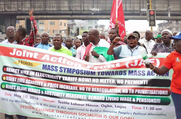 Nigerians rehearse anti-fuel hike protest scheduled for tomorrow