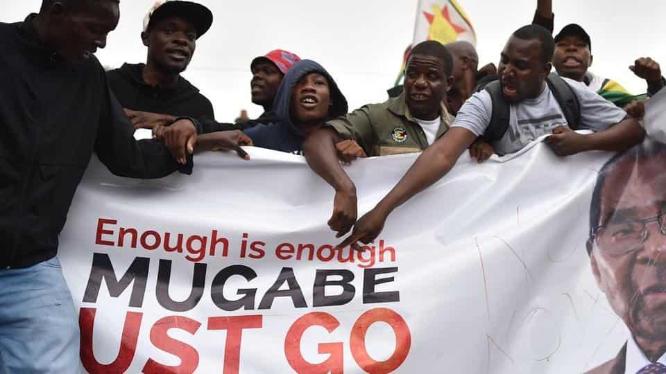 Zimbabwe protests against Mugabe