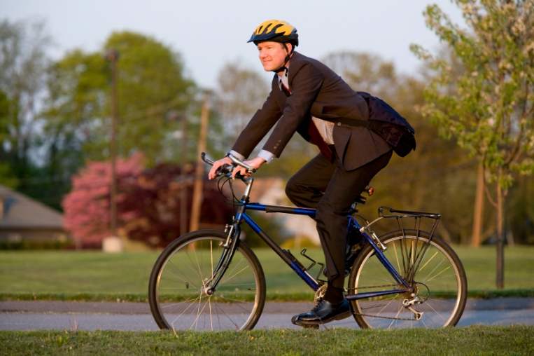 Cycling to work: New study suggests health benefits are enormous