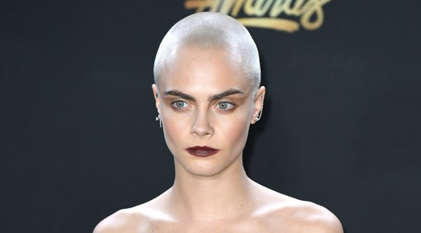 Five celebrities who are not afraid of the bald look in 2017... you should try it too