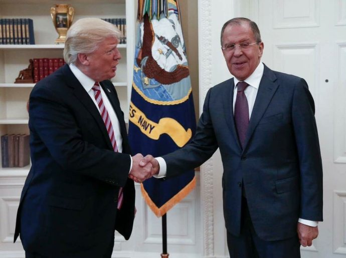Russians mock Trump's photo with Sergei Lavrov in the Oval office