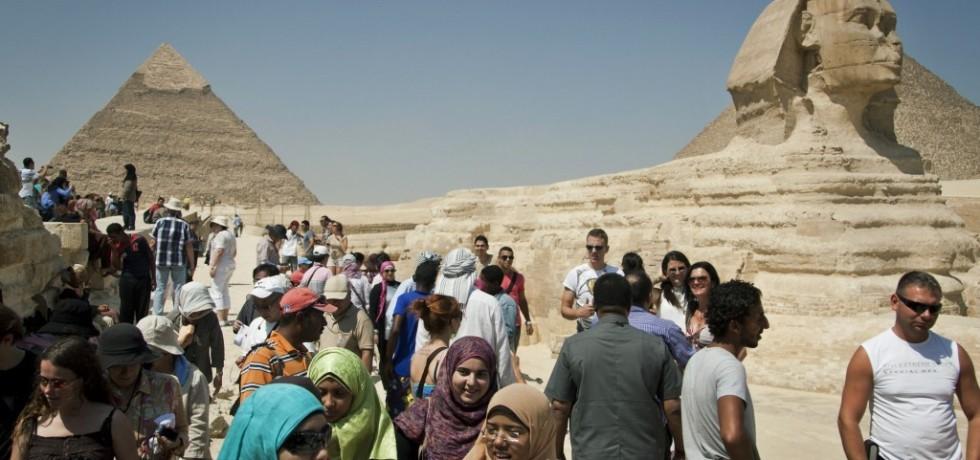 Terrorists attacks on Tourists threatening Egypt's recovery