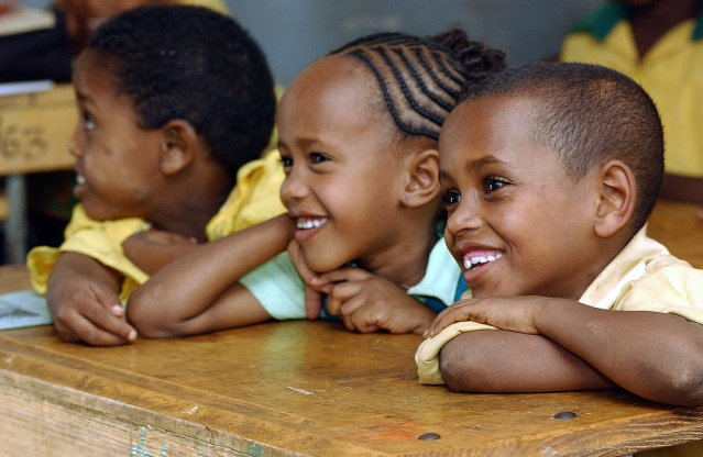 Could breakfast and lunch at schools reduce stunting among African Children?