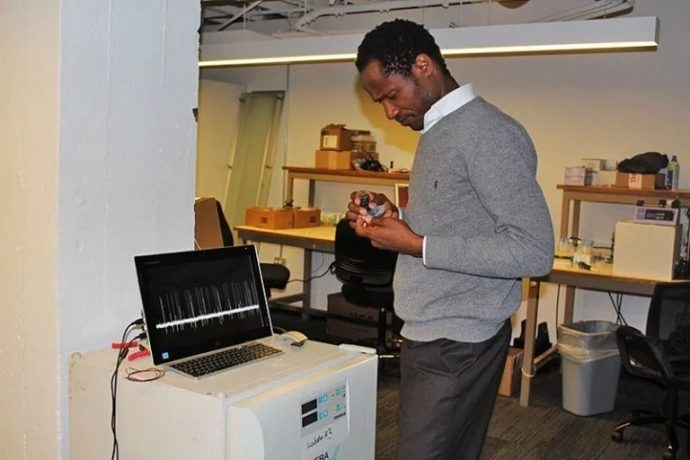 Young Nigerian scientist launch device than can smell cancer