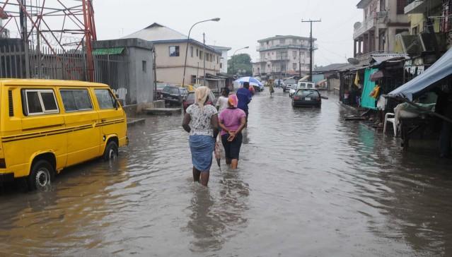 pic-7-flood-at-oyingbo-in-lagos