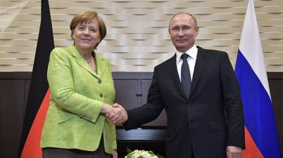 Putin to Merkel: U.N. peacekeepers could be deployed not only on Donbass contact line