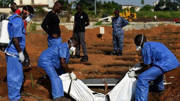 Nigeria's Ebola heroes: Praised, but unpaid