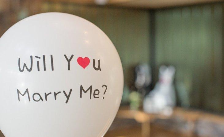 City women can't make marriage proposal to boyfriends