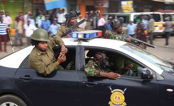 Why late-night security meeting chose to pull out police from Uhuru ark
