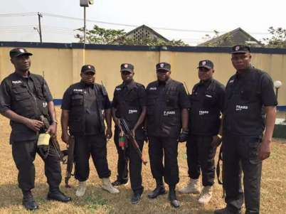 SARS men open fire on Jos relaxation spot, 'kill one'