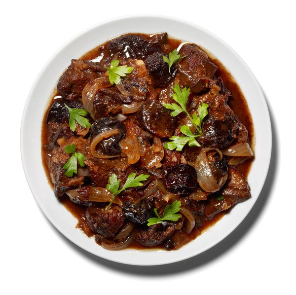 braised-lamb-with-red-wine-articlelarge