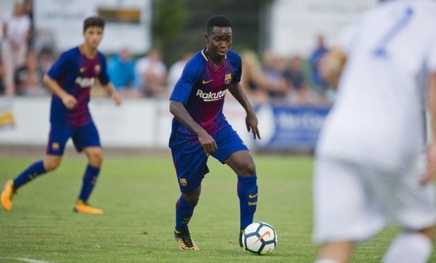 Barcelona Gambian star Alasana Manneh moves to Bulgaria