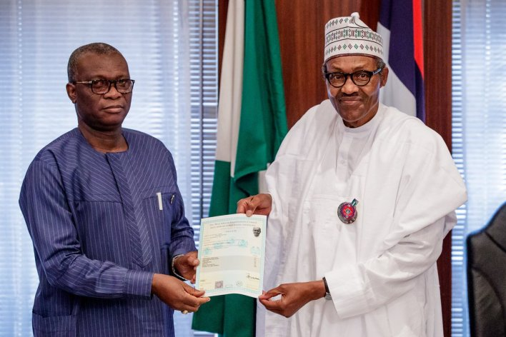 President Muhammadu Buhari receives WAEC attestation. Photo: Bashir Ahmad