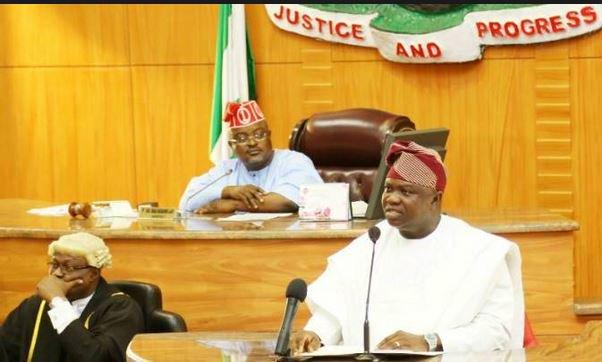 Lagos lawmakers move to impeach Gov. Akinwunmi ambode