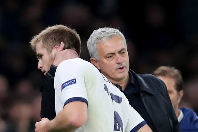 José Mourinho apologises to Eric Dier after first-half substitution